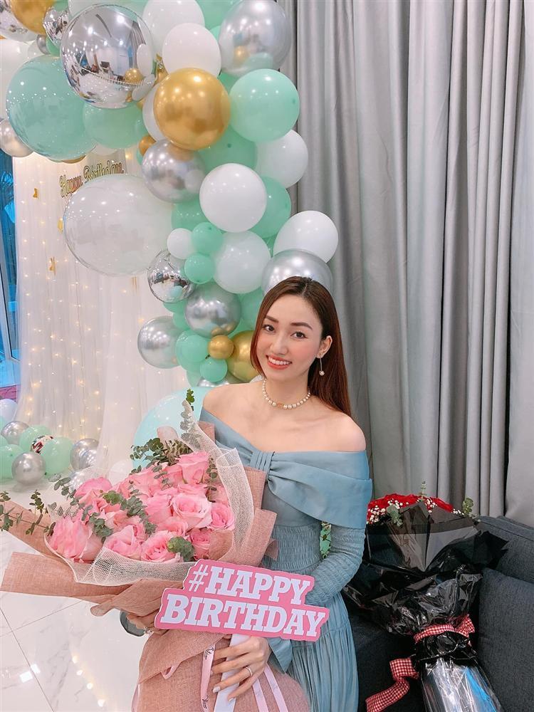 Chồng đại gia mừng sinh nhật Á hậu Ngô Trà My tình bể bình-3