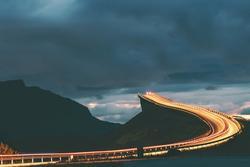 Những cao tốc đẹp nhất thế giới