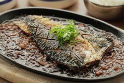 Hướng dẫn làm cá thu chiên giòn sốt xì dầu tỏi
