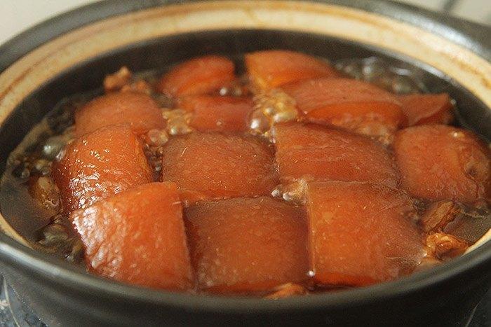 Kho thịt không cần nước, muối vẫn thơm mềm đỏ bóng, ai nhìn cũng muốn ăn 3 bát cơm-5