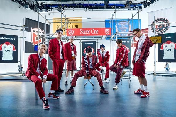 SuperM khiêu chiến mặt trận KPop với full album đầu tay Super One-2