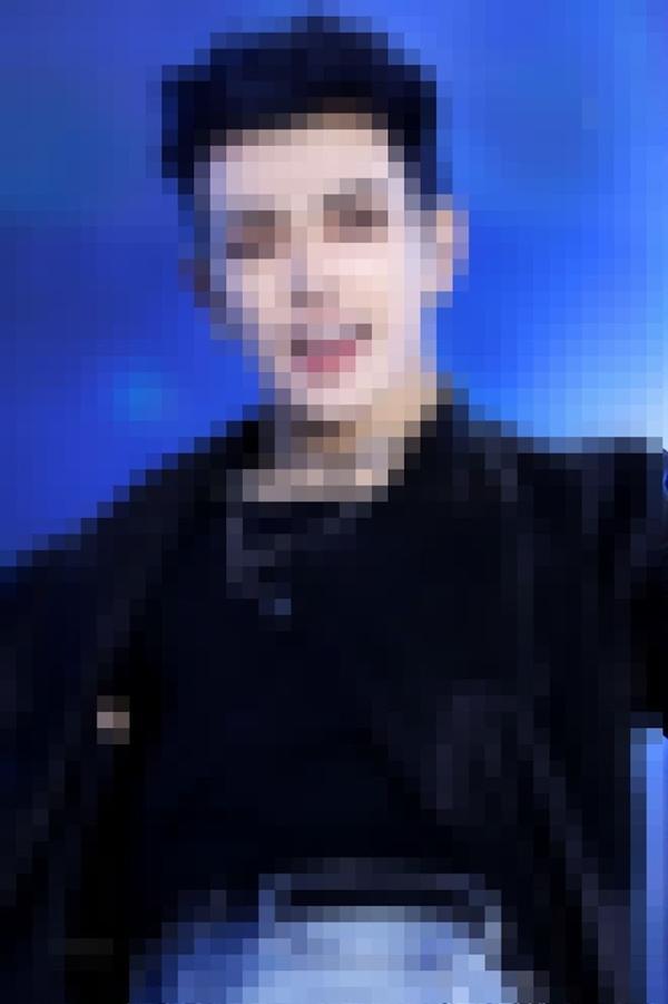 Có bao nhiêu fan ruột đoán đúng ATEEZ qua những bức hình nhòe nhoẹt?-9