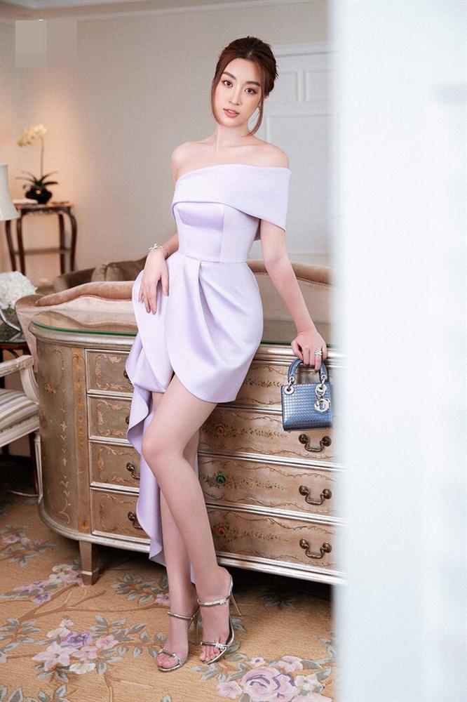 Tiểu Vy, Đỗ Mỹ Linh cùng dàn hậu khoe chân thon với đầm xẻ cao đẹp nhất tuần qua-3