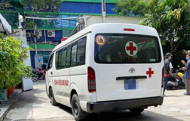 Gia cảnh nạn nhân bị cây xanh đè tử vong ở Sài Gòn: 2 vợ chồng thất nghiệp, con chưa đầy 4 tuổi-1