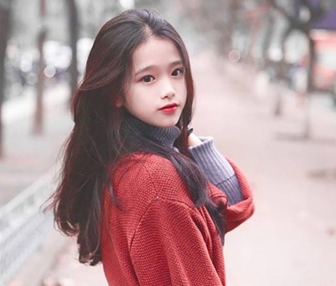 Hotgirl Linh Ka mặc hở hang khi chưa đủ 18, nổi như cồn vì phát ngôn sốc giờ ra sao?-1