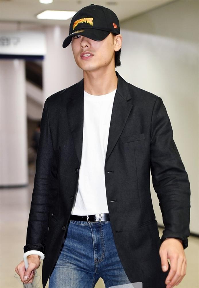 4 sao Hàn dính scandal bị công chúng quay lưng, tan nát sự nghiệp-8