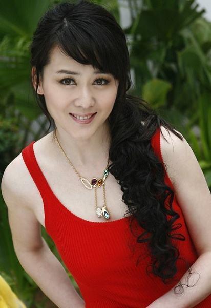 Ảnh hậu Trung Quốc ly hôn vì bị bạo hành, hạnh phúc khi tái hôn cùng quán quân Olympic-1
