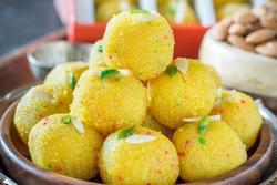 Món bánh ngọt phổ biến trên đường phố Ấn Độ