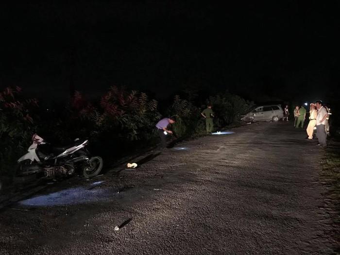 Tài xế Innova tông đoàn xe máy đi ăn cưới khiến 9 người bị thương khai gì?-1