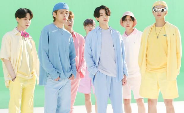 Big Hit bất ngờ công bố tên và thời điểm ra album mới của BTS: Fan thi nhau chốt đơn-1