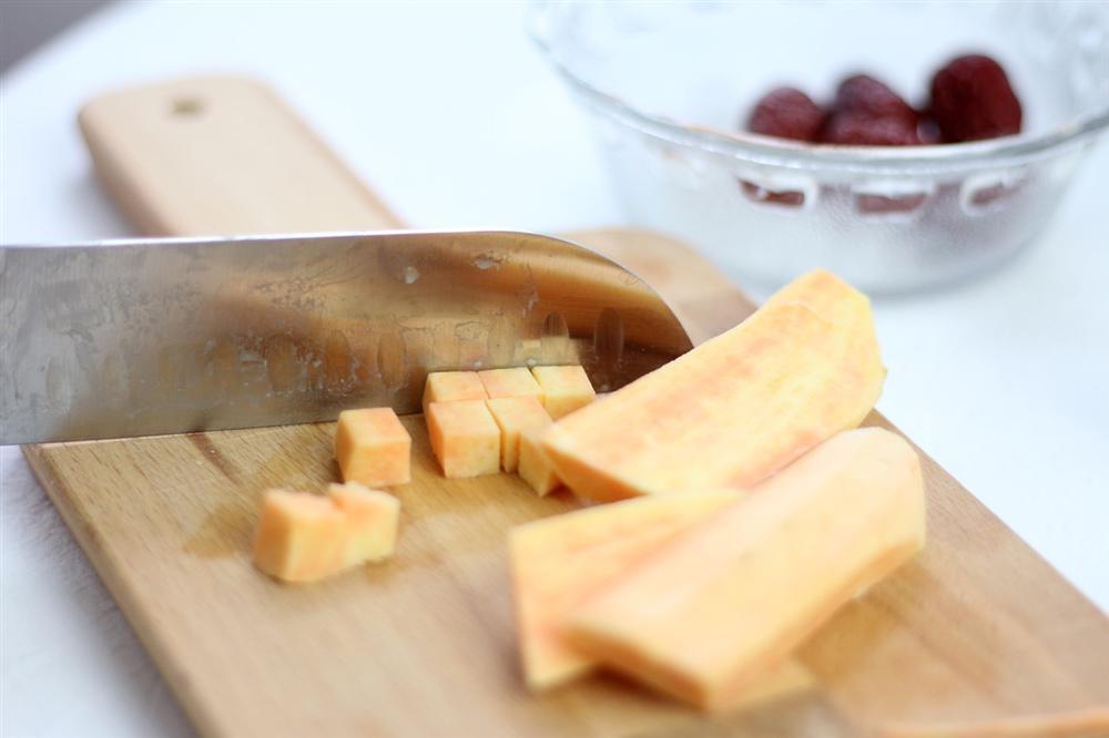 Có món chè ăn vào đẹp da, chống cảm cúm, nấu dễ mà lại tuyệt ngon thì không thể bỏ qua được-1