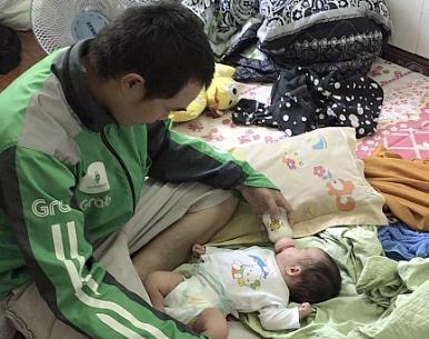 Từ đứa bé sơ sinh bị bỏ rơi ven đường, cảnh sát lần ra đường dây buôn bán trẻ em sang Trung Quốc-1