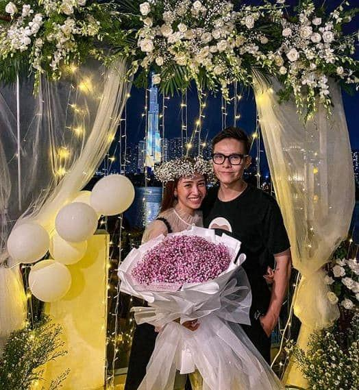 Con gái Minh Nhựa kỷ niệm 1 năm ngày cưới sau tiết lộ ông xã lạnh nhạt chuyện chăn gối-4