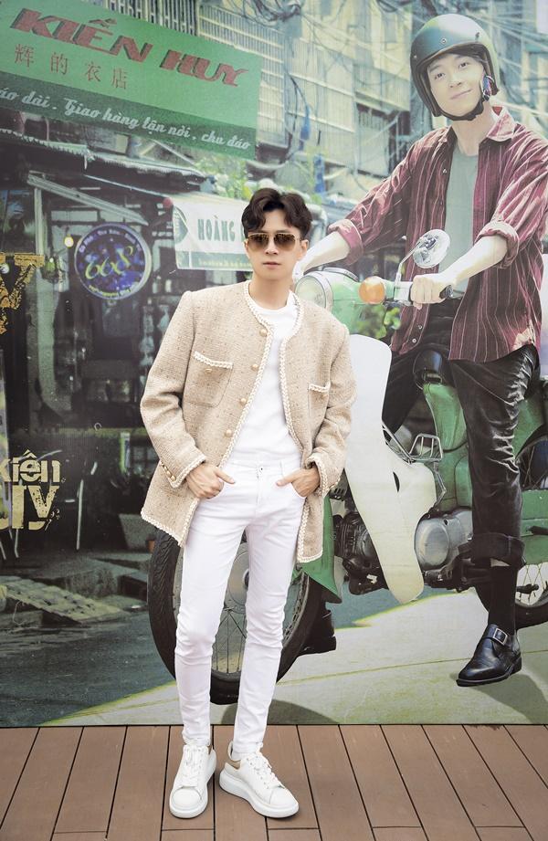 Dân mạng chê MV mới của Ngô Kiến Huy là bước lùi ca hát-5