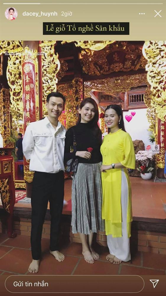 Sao Việt cúng Tổ nghề: Diệu Nhi mặc đầm sát nách - Phi Thanh Vân diện áo dài ren đỏ rực rỡ-7