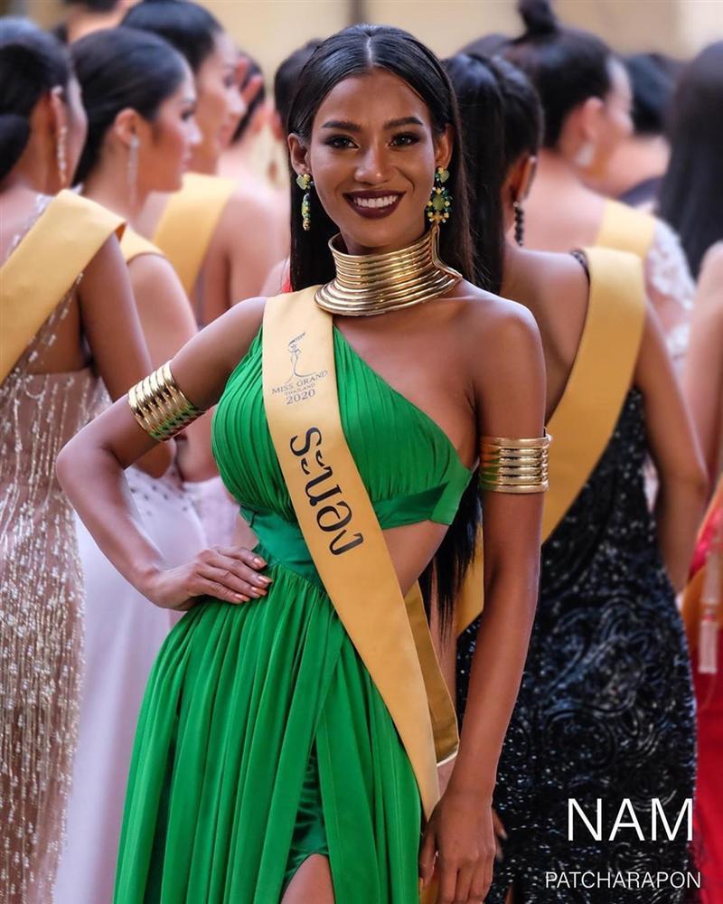 Nhan sắc tân Miss Grand Thailand 2020 nhìn giống y chang Diệu Nhi đội vương miện-6