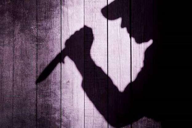 Mâu thuẫn với vợ, người đàn ông đâm chết con gái 3 tuổi rồi tự sát-1