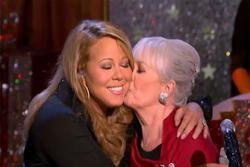 Mariah Carey từng suýt bị chị gái bán cho nhà thổ