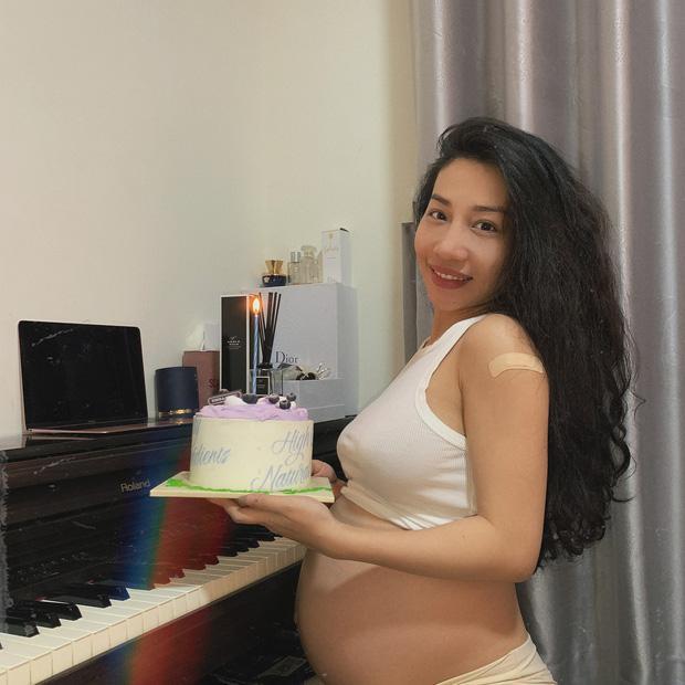 Hằng BingBoong chính thức hạ sinh con trai đầu lòng khi bạn trai người Pháp gốc Việt vẫn kẹt ở trời Tây-4