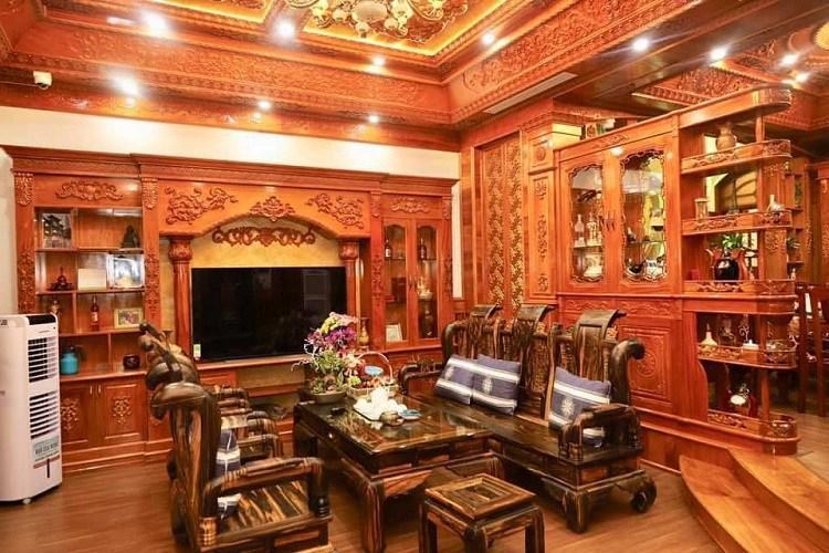 Bí ẩn chủ nhân căn biệt thự phủ gỗ từ đầu tới chân ở Hà Nội gây xôn xao-2