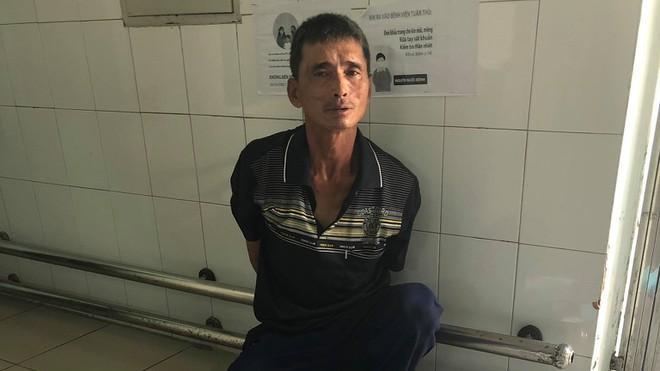 Kinh hãi: Bệnh nhân HIV cầm dao bầu đến bệnh viện chửi bới, đe dọa bác sĩ ở Hải Phòng-1
