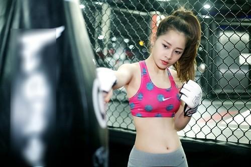 Hóa thành boxing girl: Ngọc Trinh, Thủy Top, Hà Hồ siêu ngầu, riêng Ngân 98 nude thô thiển-12