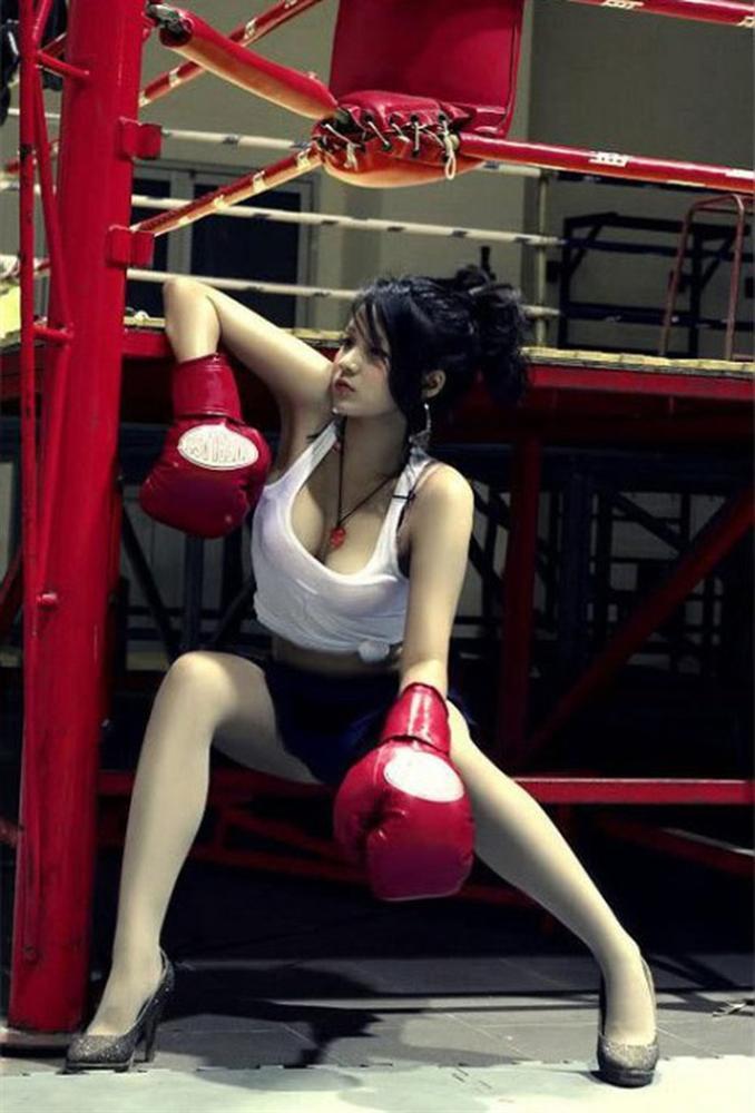 Hóa thành boxing girl: Ngọc Trinh, Thủy Top, Hà Hồ siêu ngầu, riêng Ngân 98 nude thô thiển-17