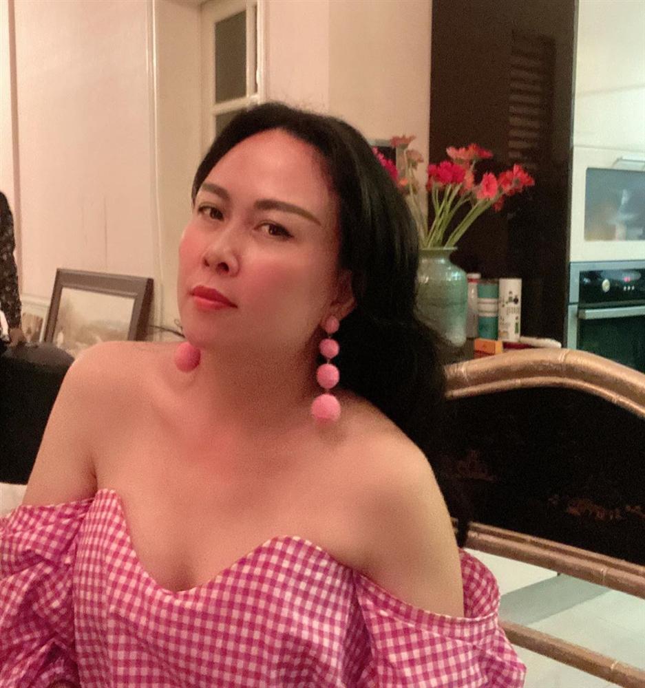 Khoe nhan sắc rạng rỡ, Phượng Chanel không ngờ bị lật tẩy chiêu trò-1