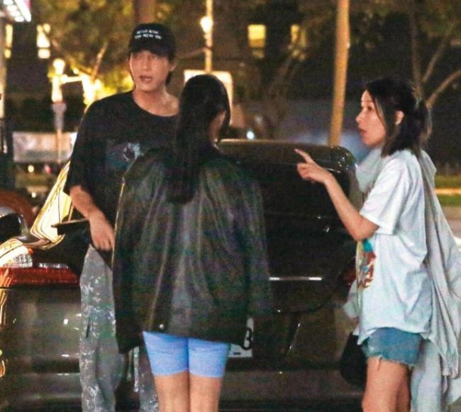 Tiêu Á Hiên sống chung với bạn trai-1