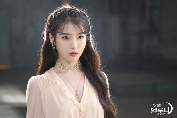 Người nổi tiếng xúc phạm Idol Kpop: Hậu quả đắng ngắt chỉ vì trót dại-9