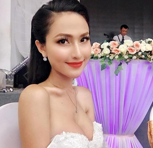 Hoa hậu chuyển giới Hoài Sa khoe ngực đơ như quả bóng-6