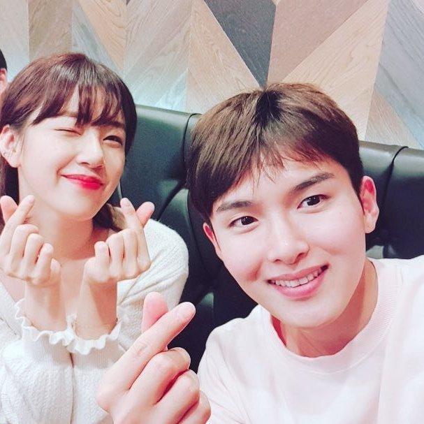 Chuyện hẹn hò đầy nước mắt của sao Hàn: Từ bị đuổi khỏi nhóm tới trầm cảm-1