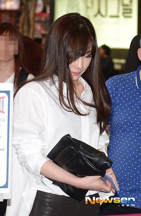Chuyện hẹn hò đầy nước mắt của sao Hàn: Từ bị đuổi khỏi nhóm tới trầm cảm-5