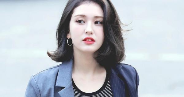 Thiên thần lai Jeon Somi chắc cả đời phải chịu mang nickname bình hoa vô cảm-1