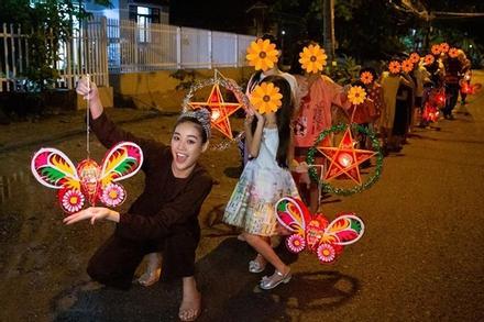 Hoa hậu Khánh Vân bị chỉ trích làm màu từ thiện: Sự thật bất ngờ!