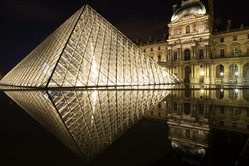 Vẻ đẹp của các kim tự tháp thời hiện đại-1