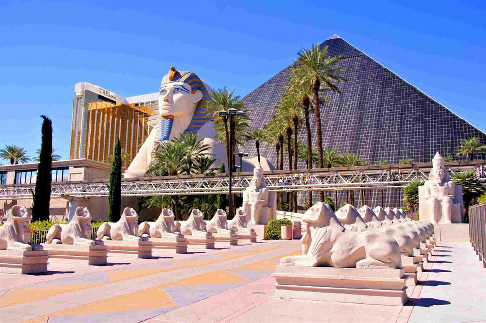 Vẻ đẹp của các kim tự tháp thời hiện đại-2