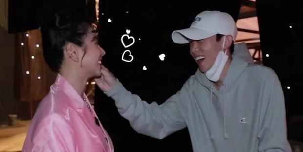 Hồng Thanh trốn chui trốn nhủi vào hậu trường Rap Việt để gặp bằng được bạn gái DJ Mie-4