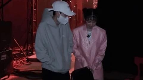 Hồng Thanh trốn chui trốn nhủi vào hậu trường Rap Việt để gặp bằng được bạn gái DJ Mie-3