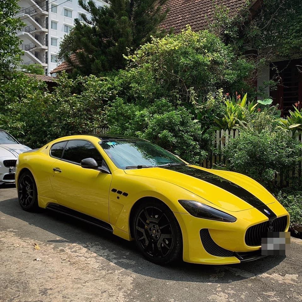 Sau màn nhận vơ tậu xế sang tặng bạn gái, CEO Tống Đông Khuê sắm siêu xe 15 tỷ-3