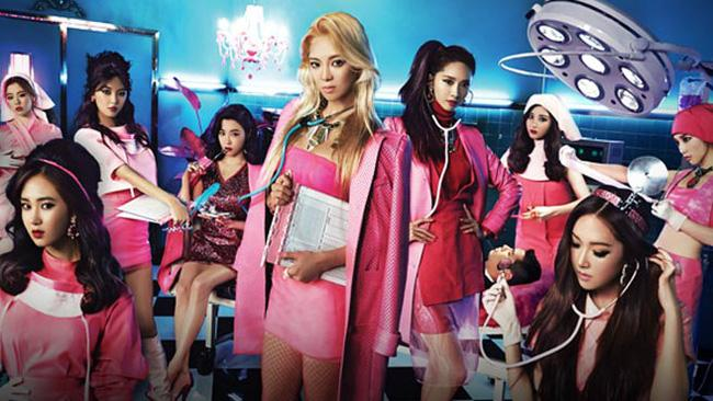 Jennie (BLACKPINK) gây tranh cãi vì tạo hình phản cảm, lộ đùi trắng nõn trong MV mới, netizen Hàn đang quá khắt khe?-6