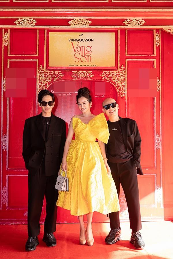 Nửa thập kỷ mới xuất hiện tại show event, Mỹ Lệ đeo khẩu trang hoa che nửa mặt-8
