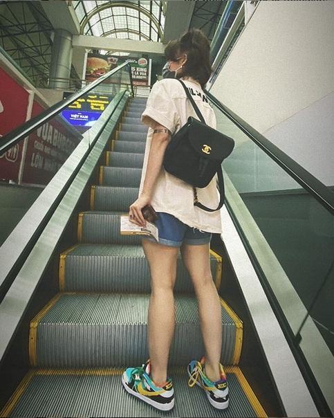 Không nói câu nào, Miu Lê đăng hình khoe chân nuột sau lời miệt thị cô bé đô con-3