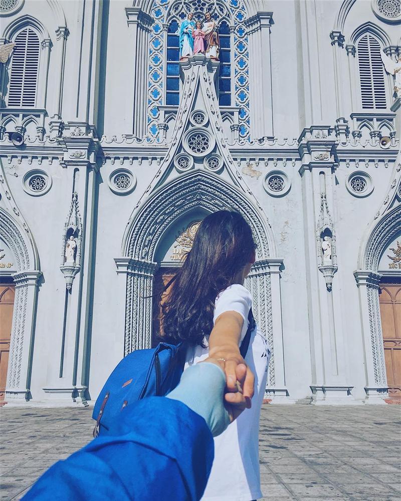 Lạc bước vào lâu đài cổ tích với những nhà thờ đẹp nhất 3 miền không phải ai cũng biết-3