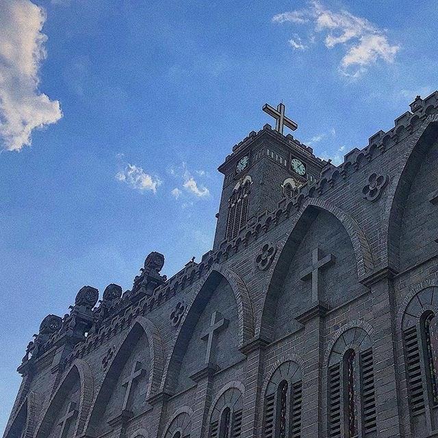 Lạc bước vào lâu đài cổ tích với những nhà thờ đẹp nhất 3 miền không phải ai cũng biết-11