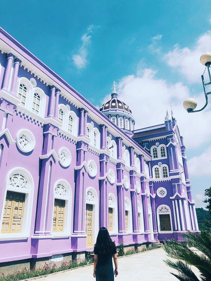 Lạc bước vào lâu đài cổ tích với những nhà thờ đẹp nhất 3 miền không phải ai cũng biết-8