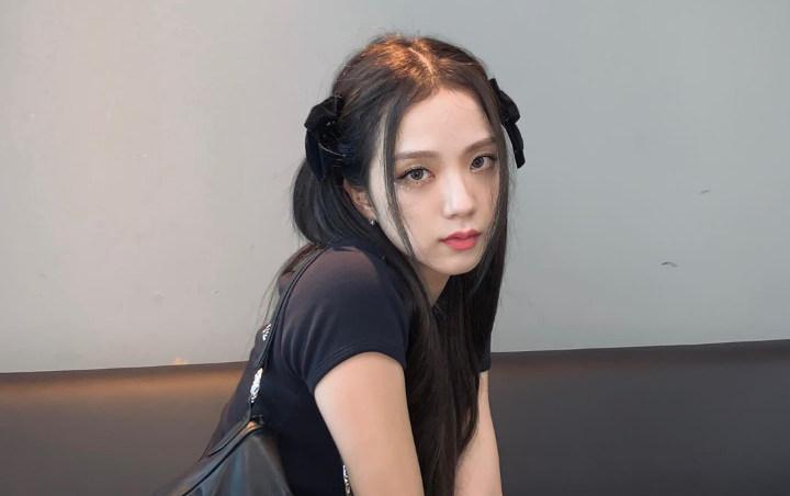 Ngọc Trinh, BLACKPINK Lisa hack tuổi từ 30 xuống 18 nhờ hot trend nơ bản to-6