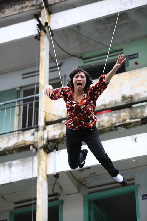 Hậu trường cảnh nhảy lầu phim Việt: người bảo hộ đầy đủ, người liều mạng chẳng có gì-6
