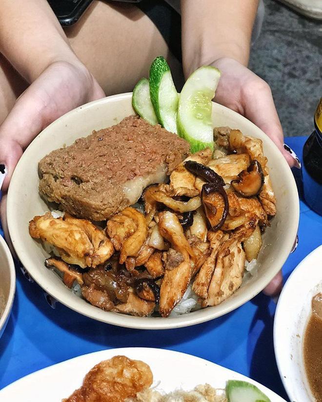 Mát trời, ăn xôi vỉa hè Hà Nội là đỉnh nhất nhưng quán nào mới ngon đặc biệt?-13