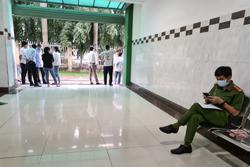 Bình Dương: Vợ bất ngờ tử vong sau ca tiểu phẫu trị đau lưng, chồng và người nhà vây bệnh viện